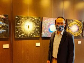 2021年4月16日シンガポール個展初日6.JPG